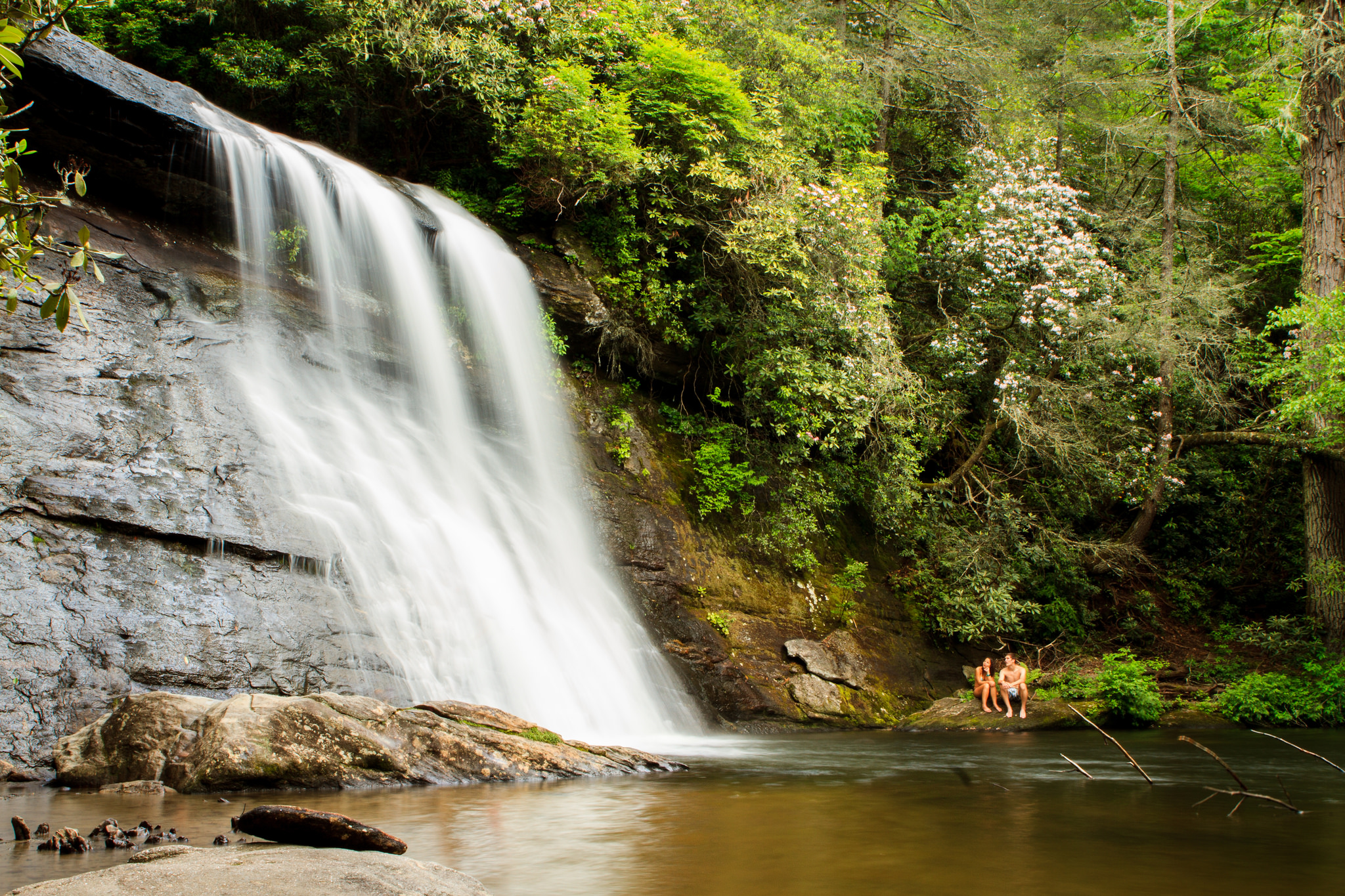 12 waterfall swimming holes in north carolina - Crystal pools waterfall ...