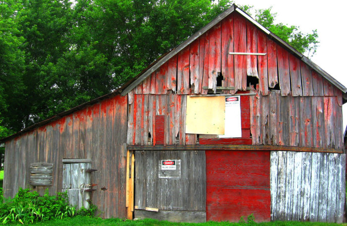 4. Roadside Barns and Farms Throughout the State