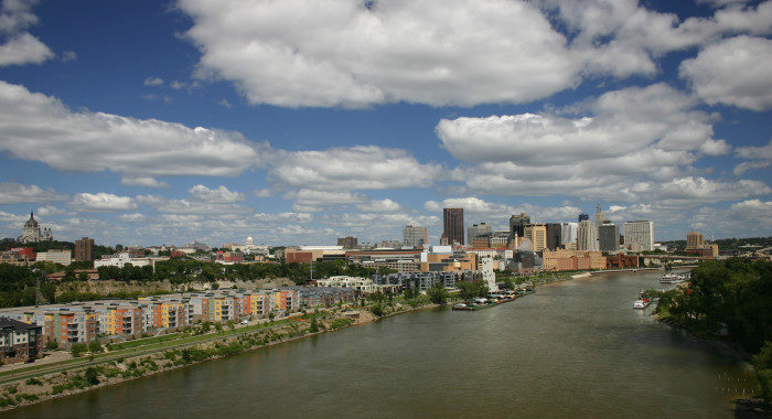 3. Meanwhile, a drive on the Smith Ave Bridge in St. Paul will provide you with awesome cityscapes.
