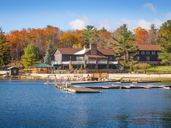 8. Split Rock Resort and Golf Club – Lake Harmony