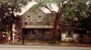 The Story Behind One Of The Oldest Saloons In Georgia Is Incredibly Unique