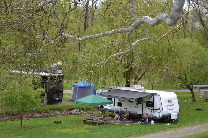 10 Epic Camping Resorts In Pennsylvania