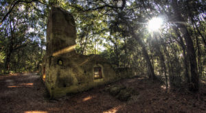 Here Are The 13 Best Places To Spot A Ghost In South Carolina