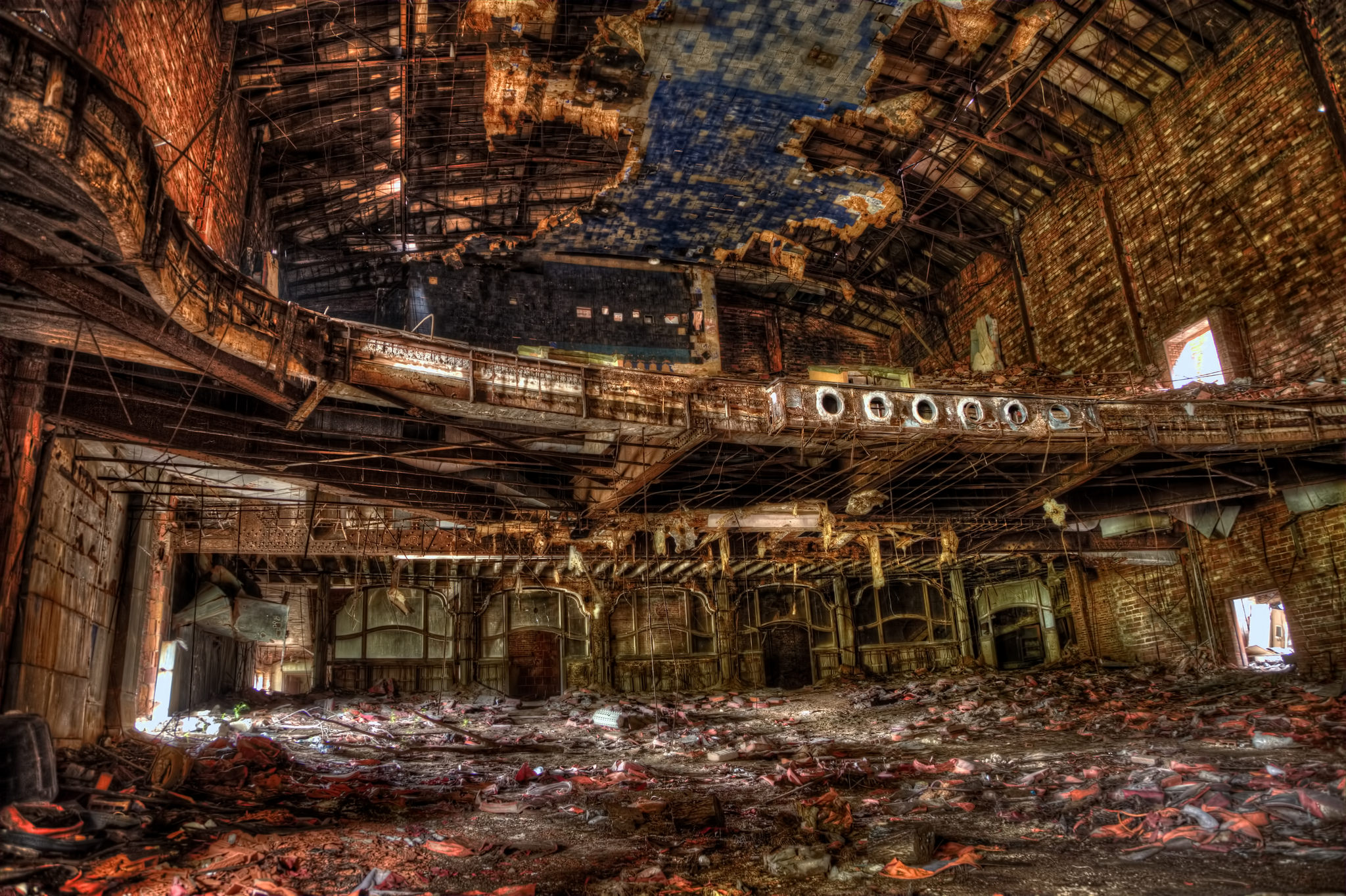 Beautiful Abandoned Palace Theater In Indiana