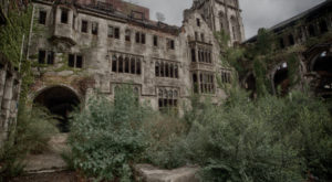 This Abandoned Church In Indiana Is Hauntingly Beautiful