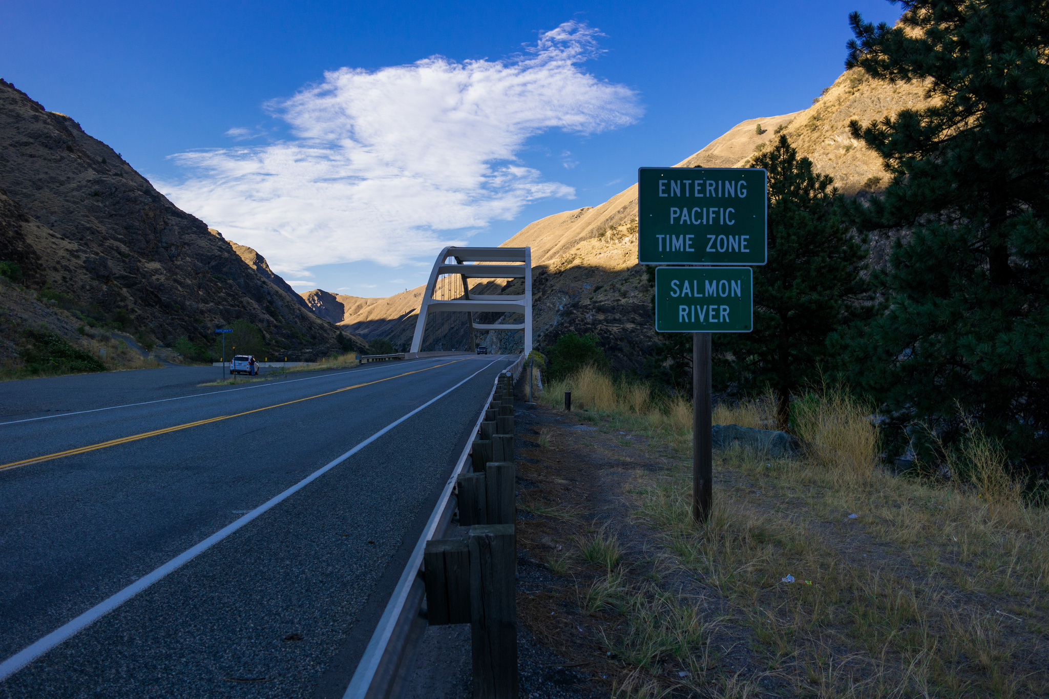 San Diego To San Francisco Drive Time >> Drive In Two Time Zones At Once On This Bridge In Idaho