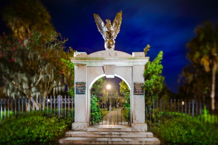 10. Colonial Park Cemetery