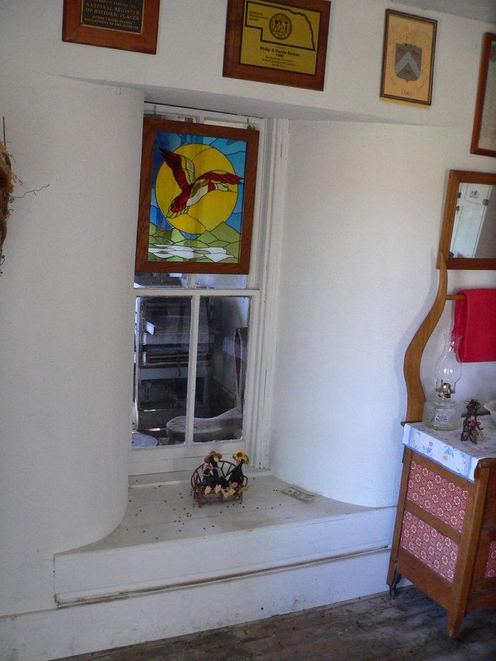 Dowse_sod_house_interior_kitchen_S_window