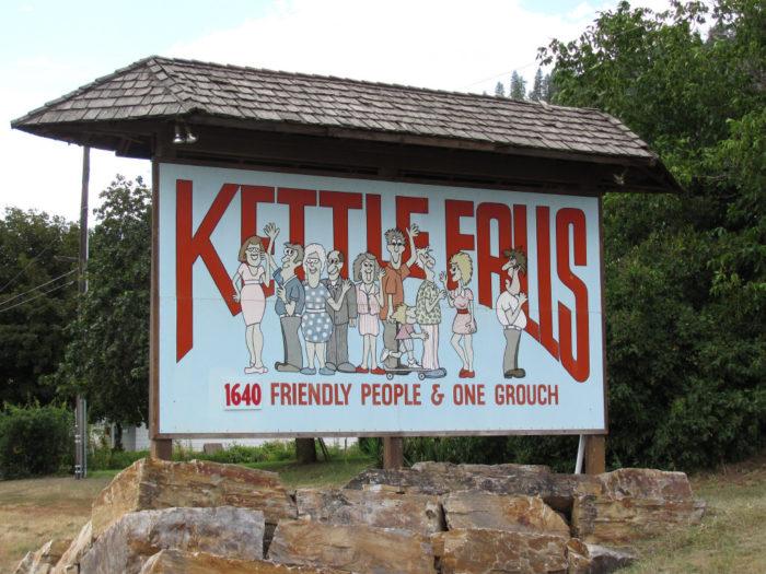 2. Kettle Falls