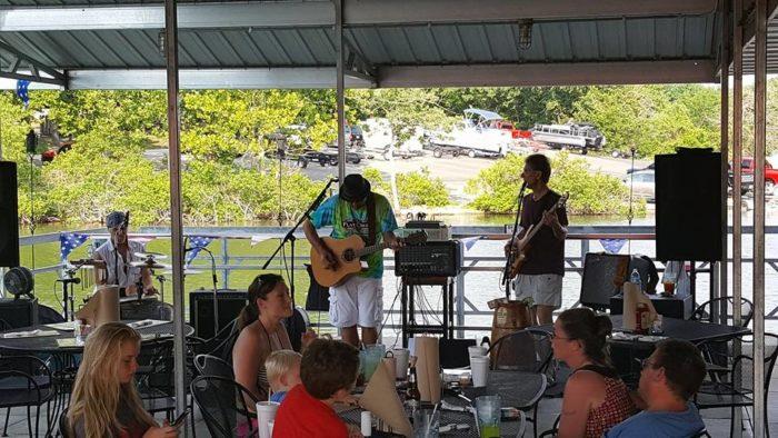 6. Flat Creek Resort Bar and Grill - Cape Fair