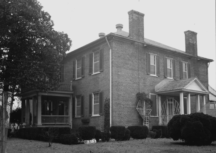 2. Sweetwater Mansion - Florence