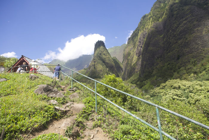 Taking the high road after the bridge will lead to the Iao Needle Observation deck, while the low road will take you to the stream below and a short nature loop, with access to many of the park's unofficial trails.
