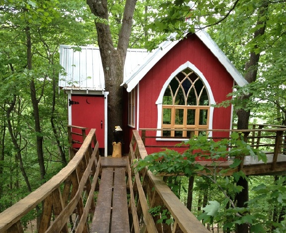 9. The Mohicans Treehouses  (Glenmont)