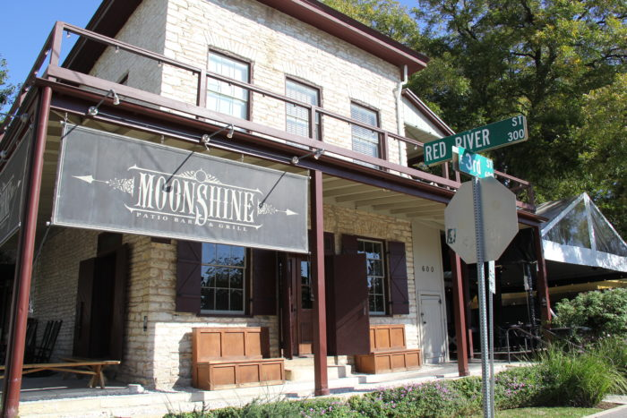 6. Moonshine Patio Cafe and Grill