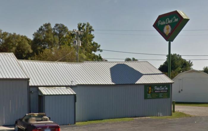 7. Pete's Duck Inn - Albany