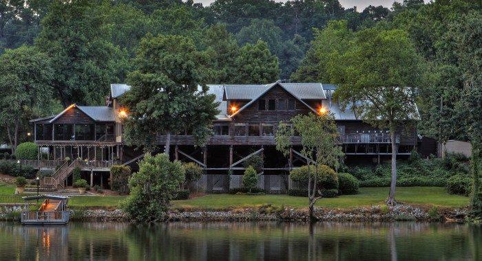 6. Cypress Inn - Tuscaloosa