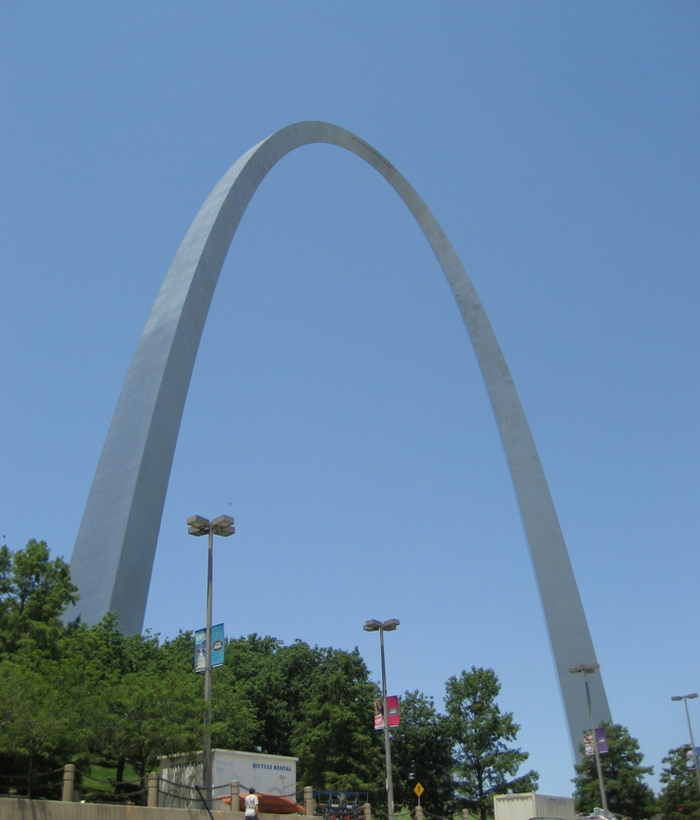 14. Visit the Gateway Arch.