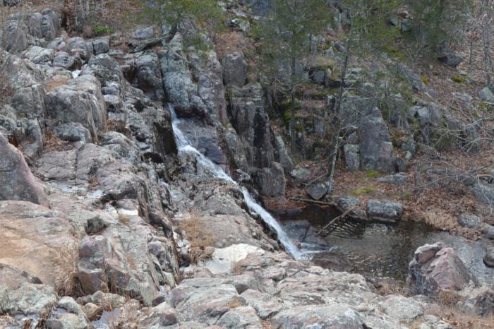 3. Mina Sauk Falls Trail - Ironton