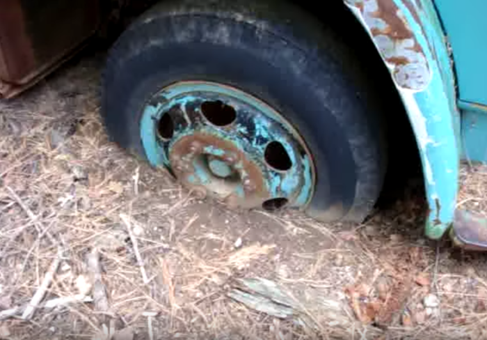 The tires are definitely feeling the strain of the decades; many have disappeared into the earth.