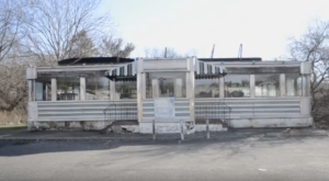 A Look Inside This Abandoned 1950s New Jersey Diner Is Fascinating