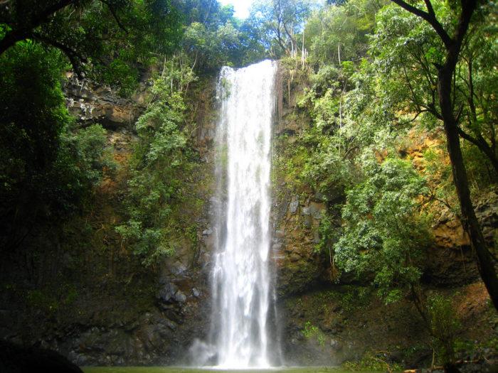 3. Uluwehi Falls