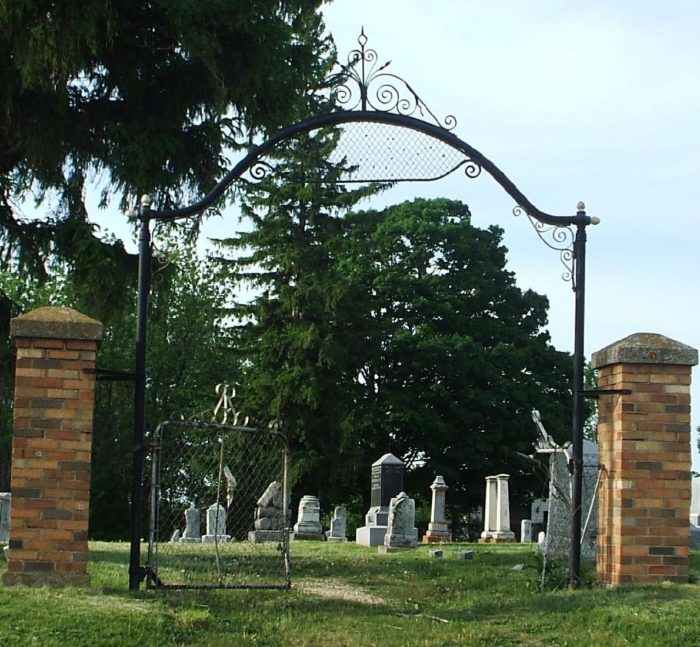 1. Bloods Point Cemetery