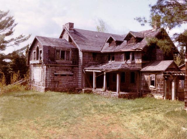 9. Summerwind Mansion