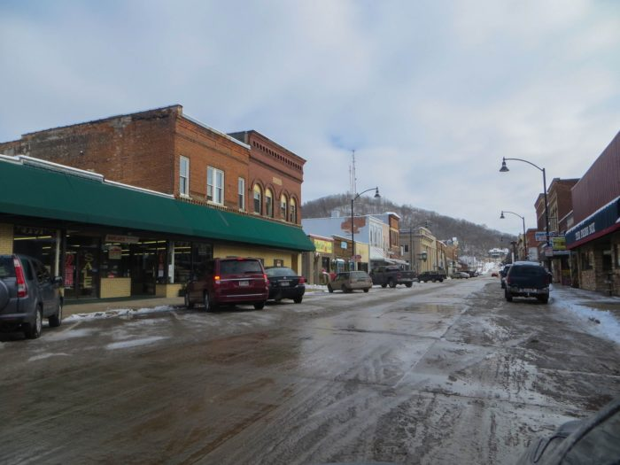 7. Richland Center