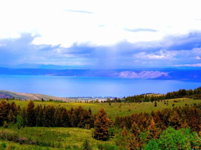 "Bear Lake is known as the ""Caribbean of the Rockies"" because of its beautiful, blue water."