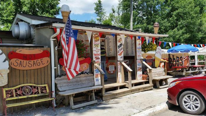 2. Bob's Hot Dogs, Belington