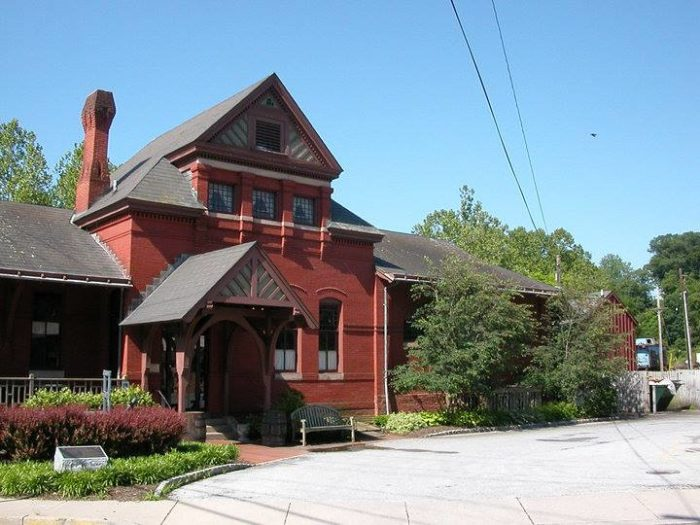 Baldwin's Station is a historic railroad station turned eatery.
