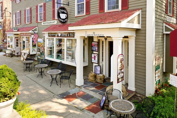 10. Riverside Coffee & Tea, Clinton