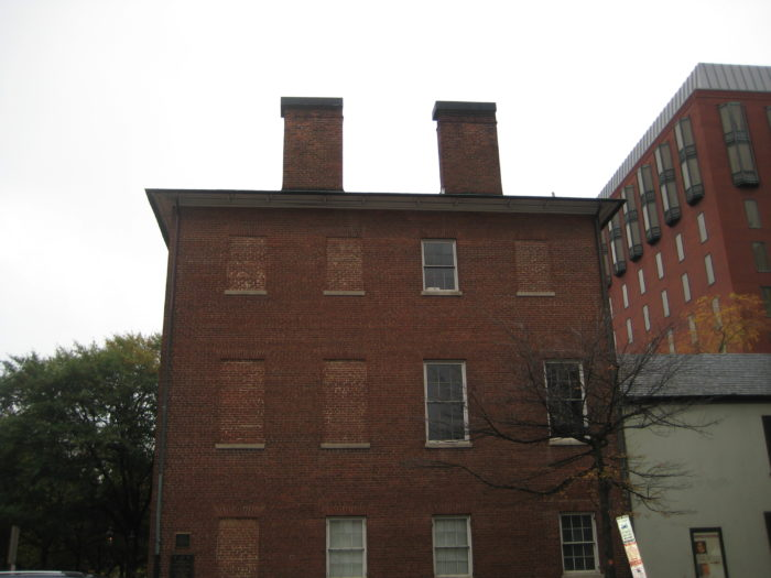 9. Decatur House