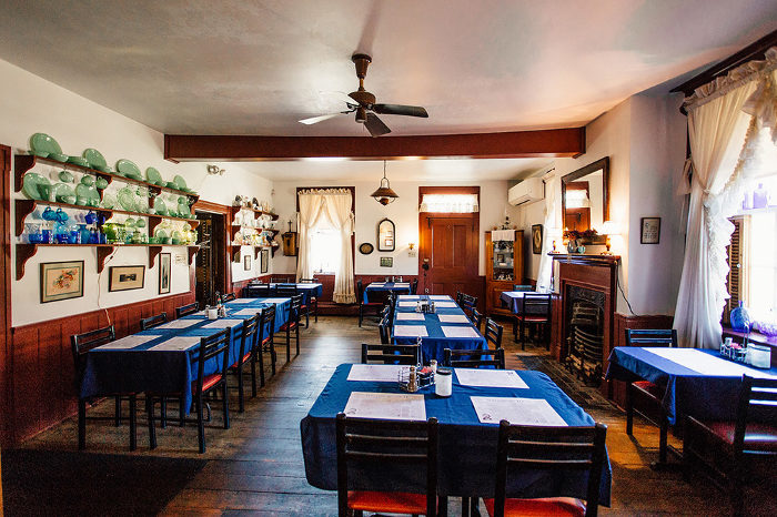 The Drovers Inn >> These 10 Hidden Restaurants In West Virginia Are Worth Finding