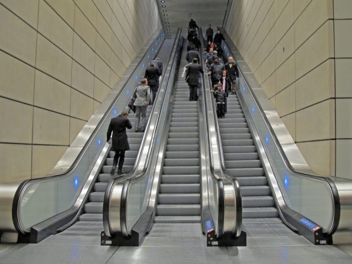 3. We walk on the left side of the escalator and stand on the right.