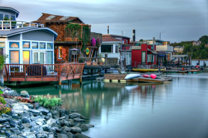 Head on over to the northern end of town to explore the over 500 houseboats floating on the bay.