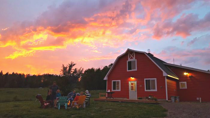 Stay In This Minnesota Hostel For An Amazing North Shore Trip