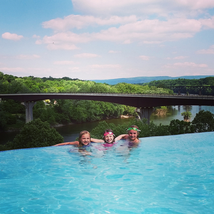 The Bavarian Inn In West Virginia Has An Amazing Infinity Pool