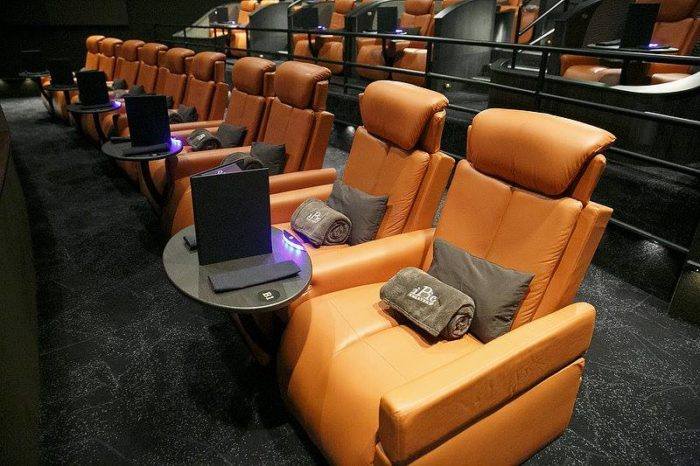 8. iPic Theater, Fort Lee