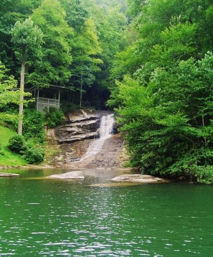 mills-creek-falls