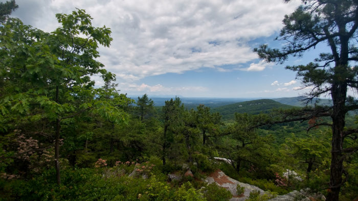 2. And there's absolutely nothing like exploring in the 'Gunks.