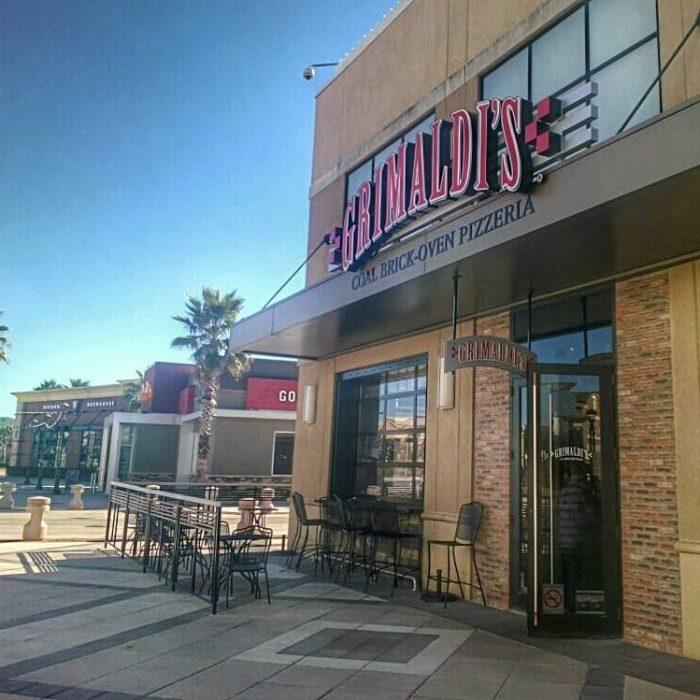 6. Grimaldi's Pizzeria, 6400 Bluebonnet Blvd Ste 560, Baton Rouge