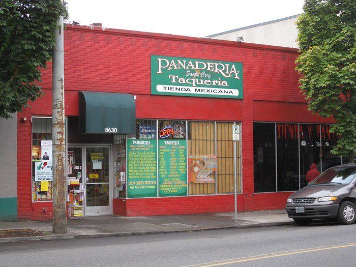 8. Tienda Santa Cruz (AKA Taqueria Y Panaderia)