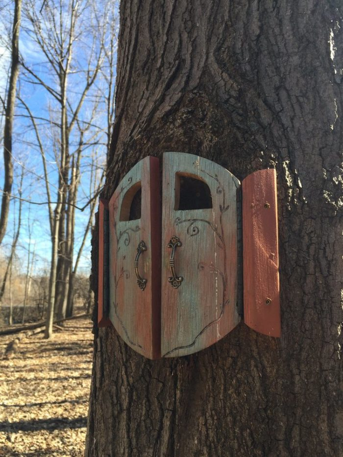 Throughout the eastern part of the park you'll discover 20 various fairy houses, some of which have opening doors with surprises waiting inside!