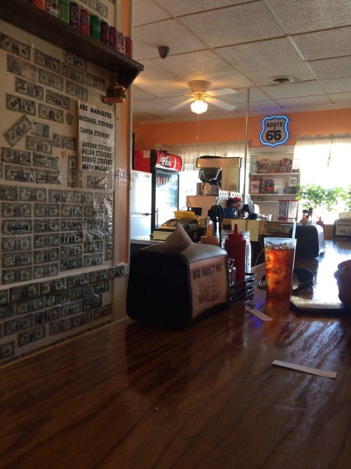 4. Big Mike's Burger Shop (Petersburg)