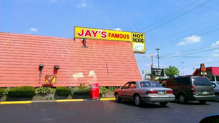 1. Jay's Famous Hot Dogs (Youngstown)