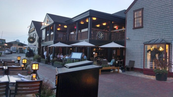 3. Bowen's Wine Bar and Grille, Newport