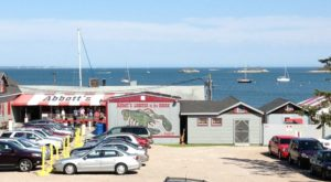 10 Mouthwatering Clam Shacks On The Connecticut Shore