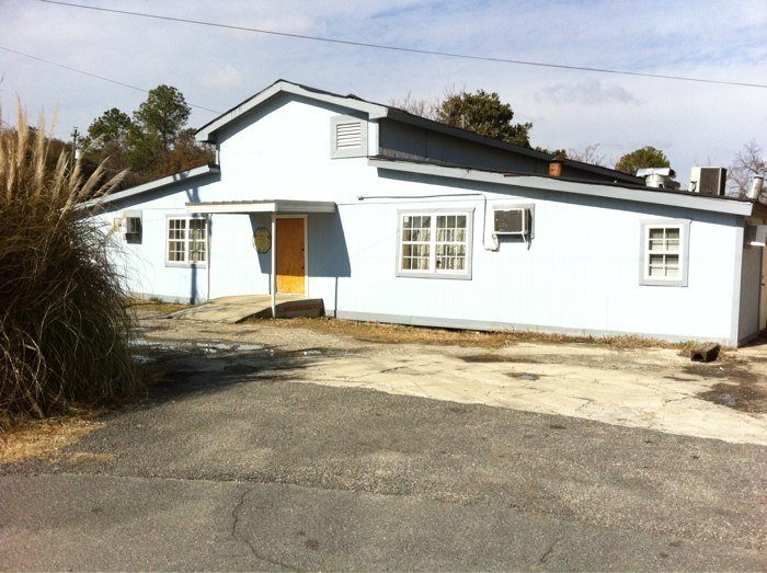 10. Owens Boarding House— 106 Young Ave, Warner Robins, GA 31093