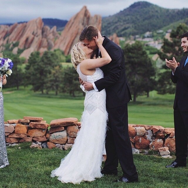 The stunning flatirons make the perfect backdrop for a wedding.
